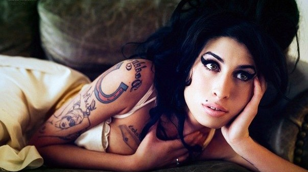 Shoulder Amy Winehouse tattoo