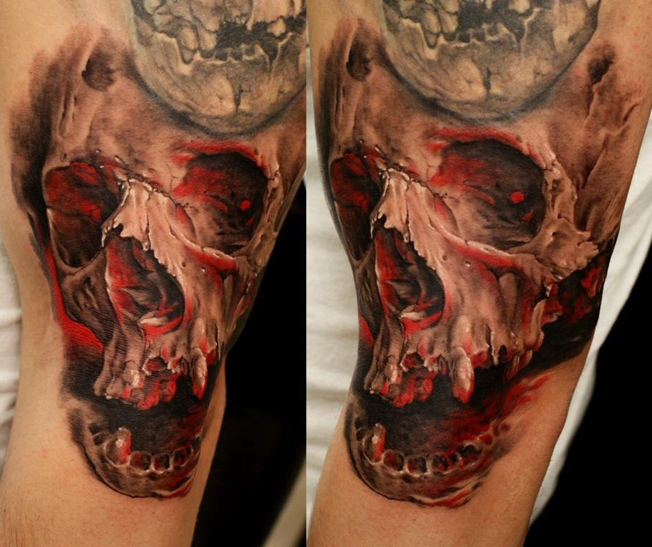 Cracked Scull realistic tattoo