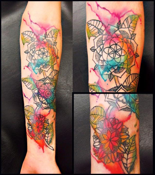 Dotwork Aquarelle fusion tattoo