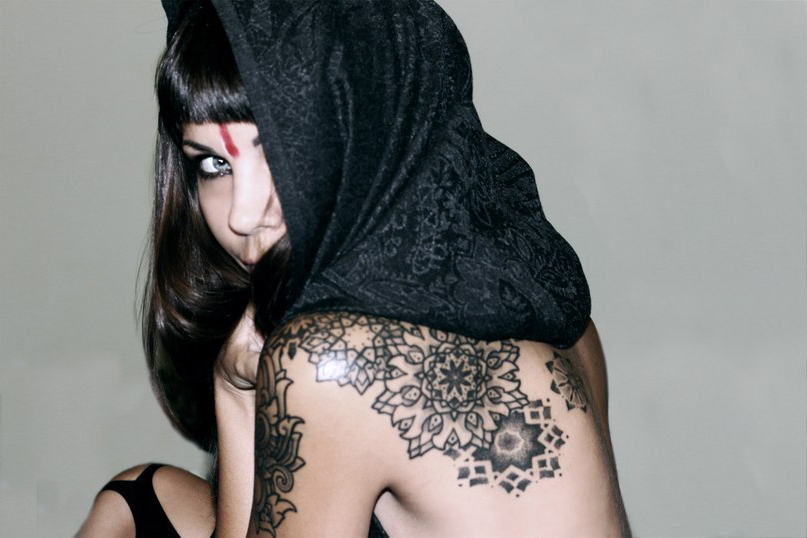 Graphic Back Snowflakes tattoo