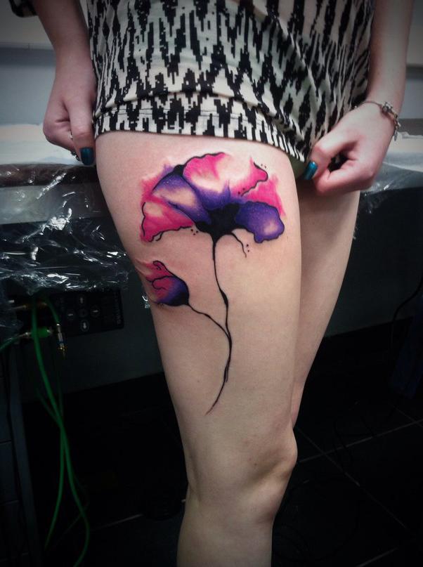 Hip Dark flower tattoo