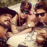 Justin Bieber tattoo with friends