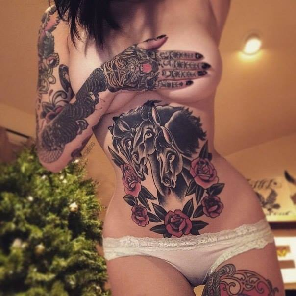 Perfect beauty, perfect inked girl
