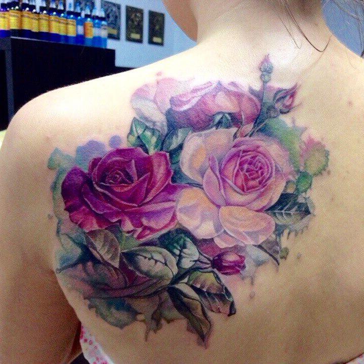 Back Shoulder Realistic Aquarelle Roses tattoo