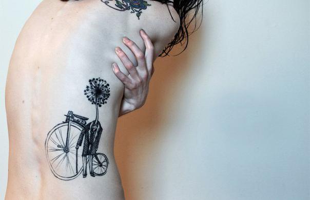 Blowball Head Graphic tattoo idea