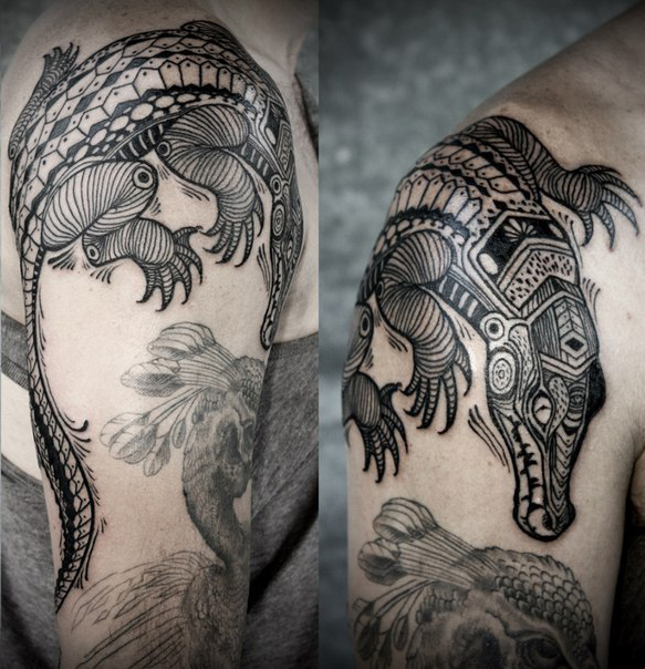 Crocodile Shoulder Graphic tattoo idea
