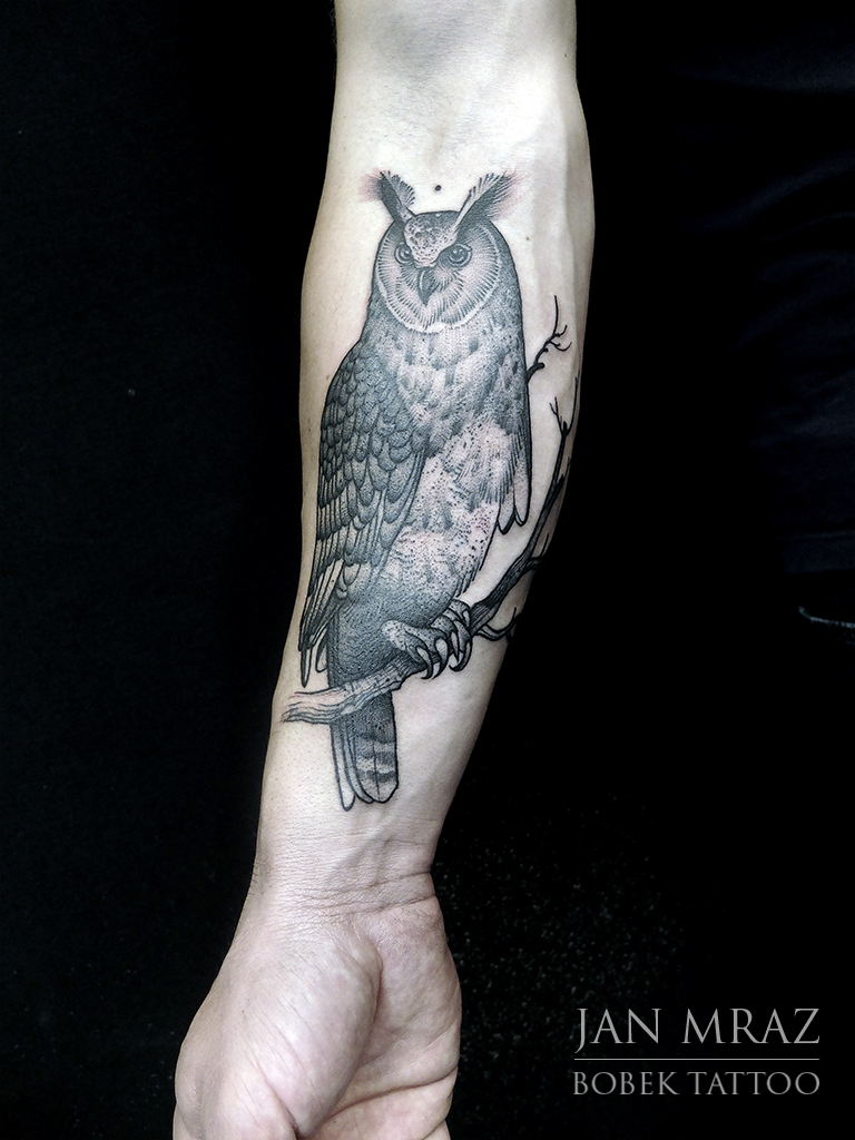 Etching Owl on Brunch tattoo by Jan Mràz