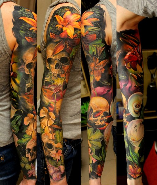 Many Flowers and Many Sculls tattoo sleeve