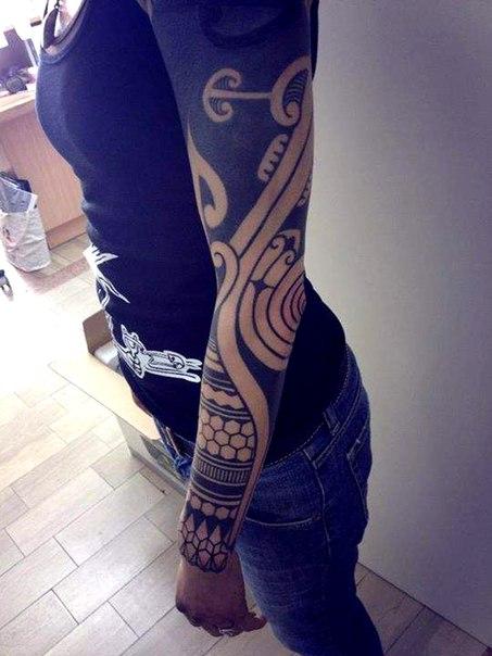 Nice Black tattoo sleeve Blackwork for Girl
