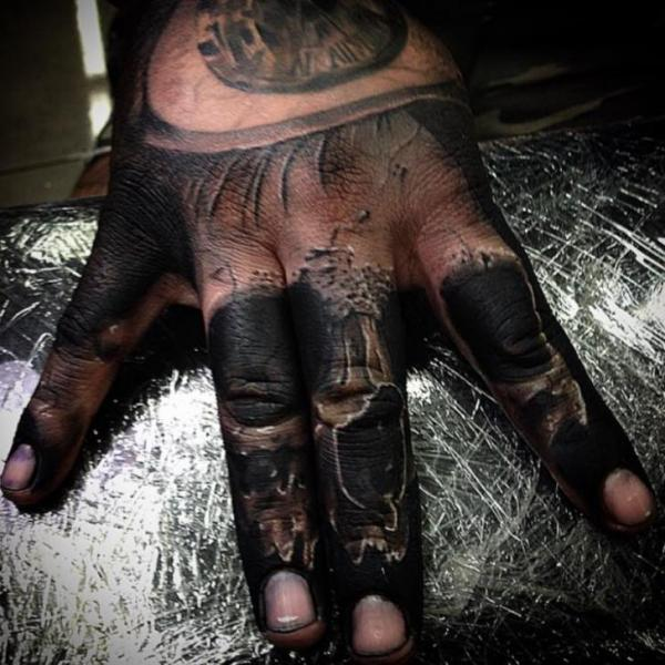 Scull Fingers tattoo by Drew Apicture