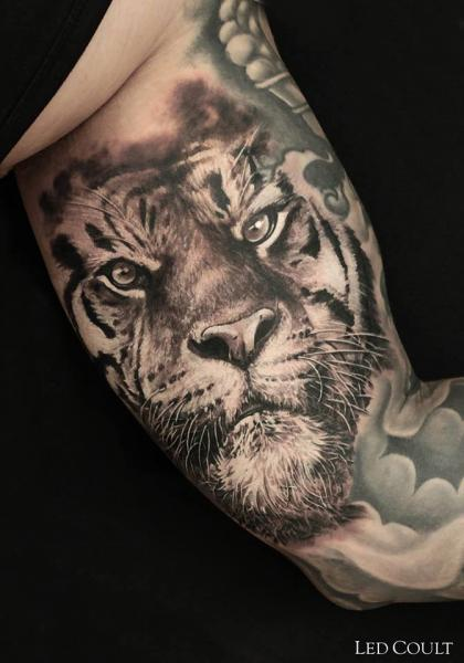 Serious Graphic Tiger tattoo by Led Coult