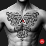 Triangle and Chest Blackwork tattoo by 2vision Estudio