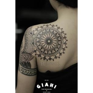 Blade Mandala Dotwork tattoo by Elda Bernardes
