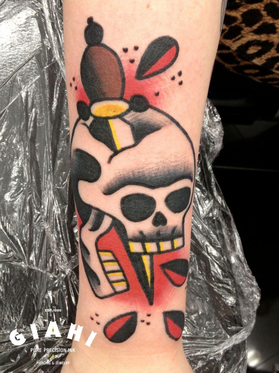 Blood dagger skull old school tattoo by elda bernardes for Old school female tattoos