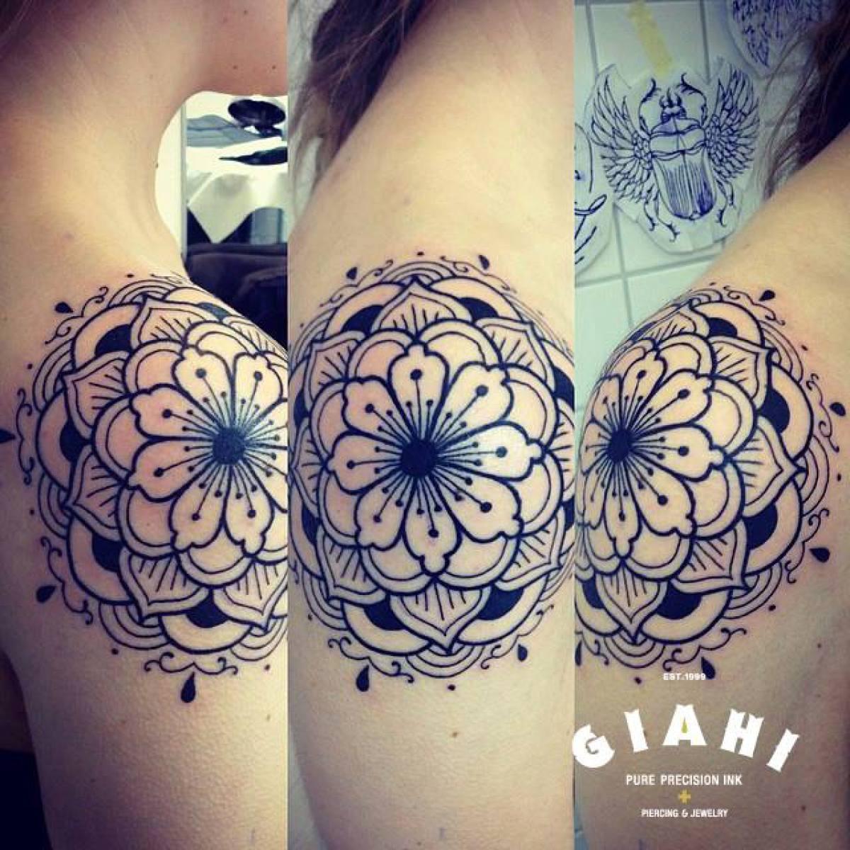 Cute Many Levels Flower Blackwork tattoo by Elda Bernardes