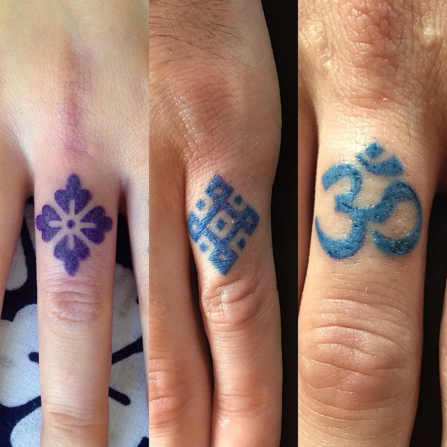 finger symbols tattoos best tattoo ideas gallery. Black Bedroom Furniture Sets. Home Design Ideas