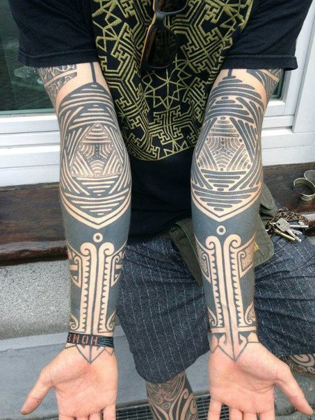 Kaleidoscope Elbow Blackwork tattoo sleeves