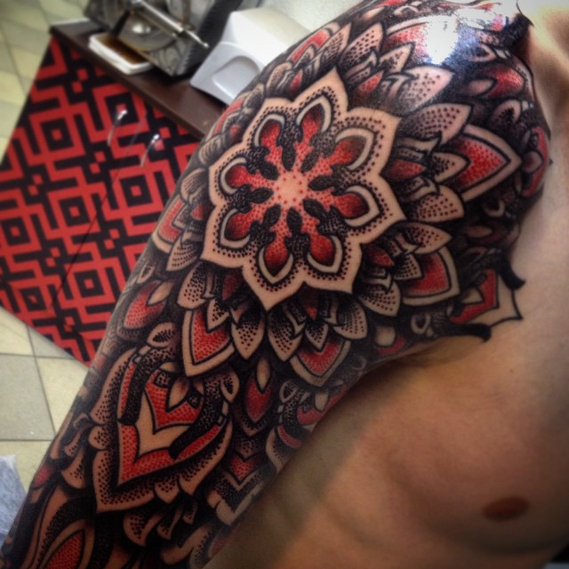 Marvelous Sleeve in Progress by Maxim.Xiii