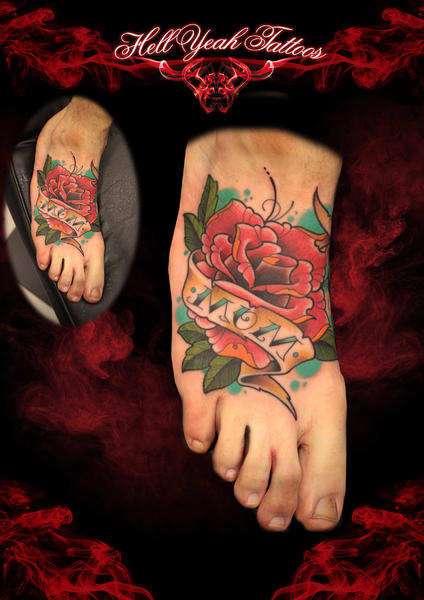 Mom Lettering tattoo by Hellyeah Tattoos on Foot