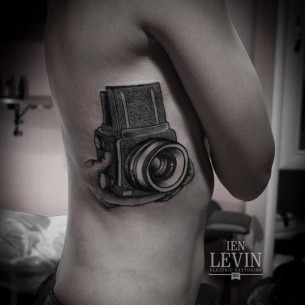 Old Camera Dotwork tattoo by Ien Levin