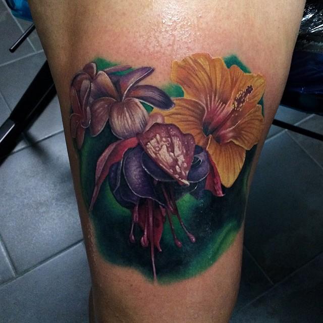 realistic blinks flowers tattoo john barrett best tattoo