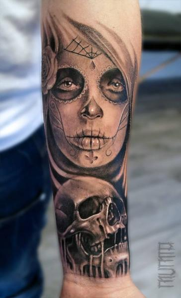 Sad Look Chicanoi Girl and Scull tattoo by Mumia Tattoo