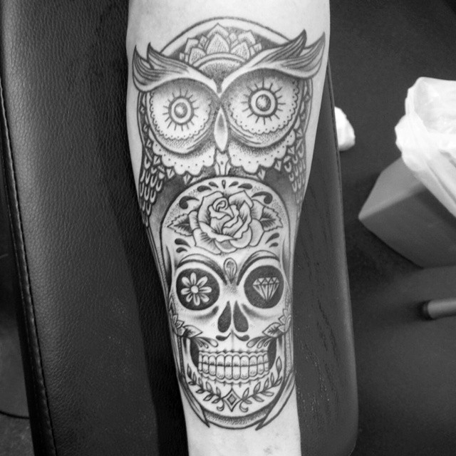 Owl and Skull Chicano tattoo by Ollie Wallace