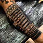 Brace on Leg Maori tattoo