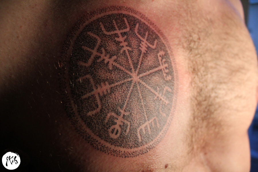dotwork viking rune tattoo via qkila best tattoo ideas gallery. Black Bedroom Furniture Sets. Home Design Ideas
