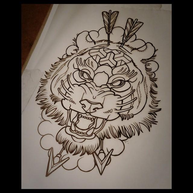 Arrow Shot Tiger Tattoo Design