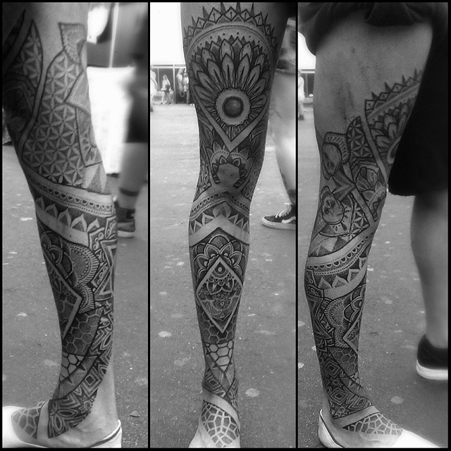 Cool Hindu Pattern Leg tattoo