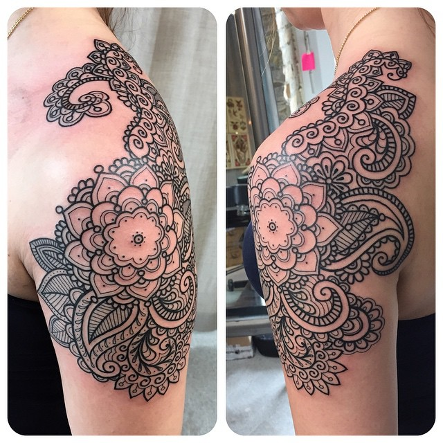 Flower Mehendi Shoulder tattoo