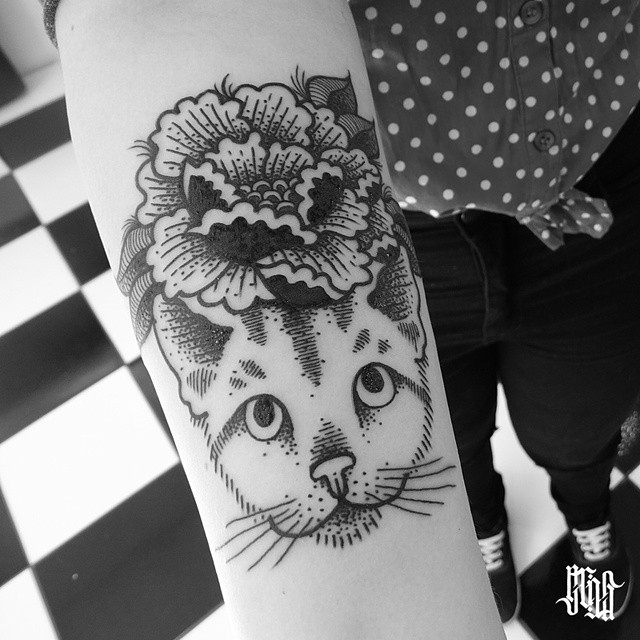 Flower on Head Cat tattoo