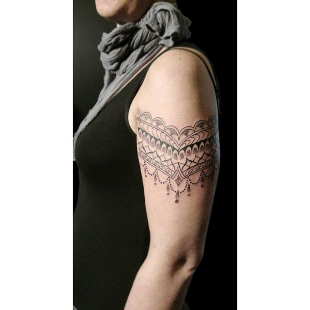 Linework Dotwork Ornamental tattoo