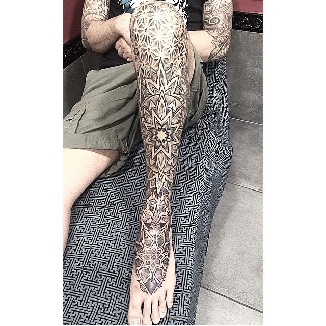 Awesome Tracery Leg Tattoo