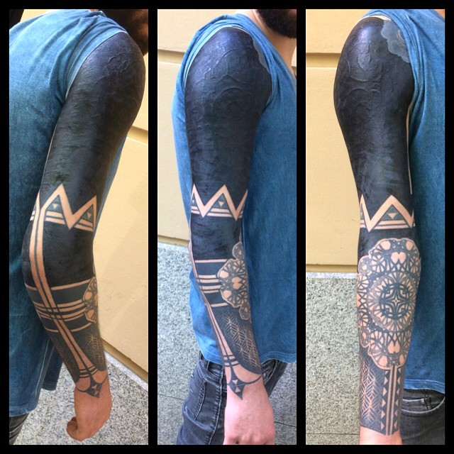 Cool Blackwork Tatt Sleeve with Elbow Mandala