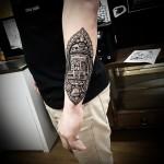 Hindy Ornament R2D2 Tattoo