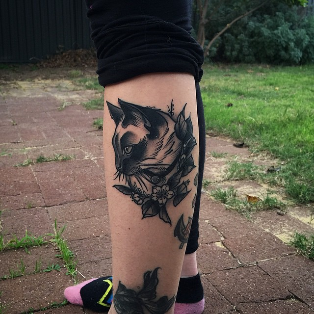 Leg Graphic Cat Tattoo