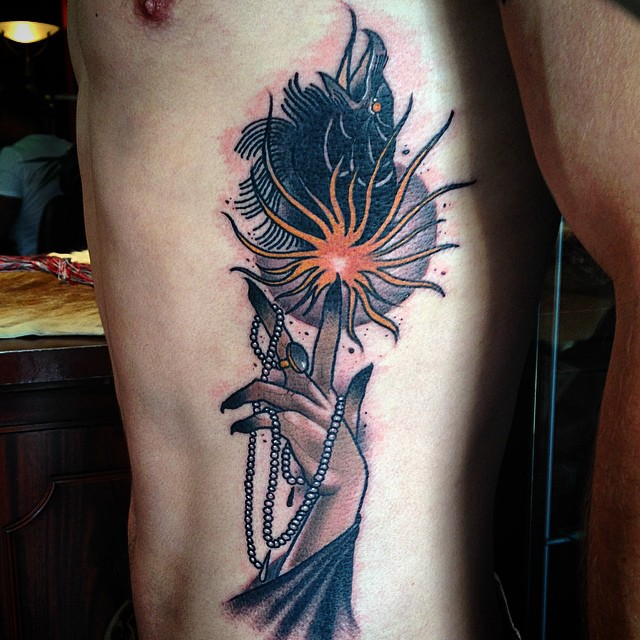 Sparkling Finger Crow Tattoo on Body Side