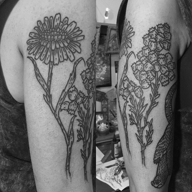 Thick Lines Flowers Tattoo