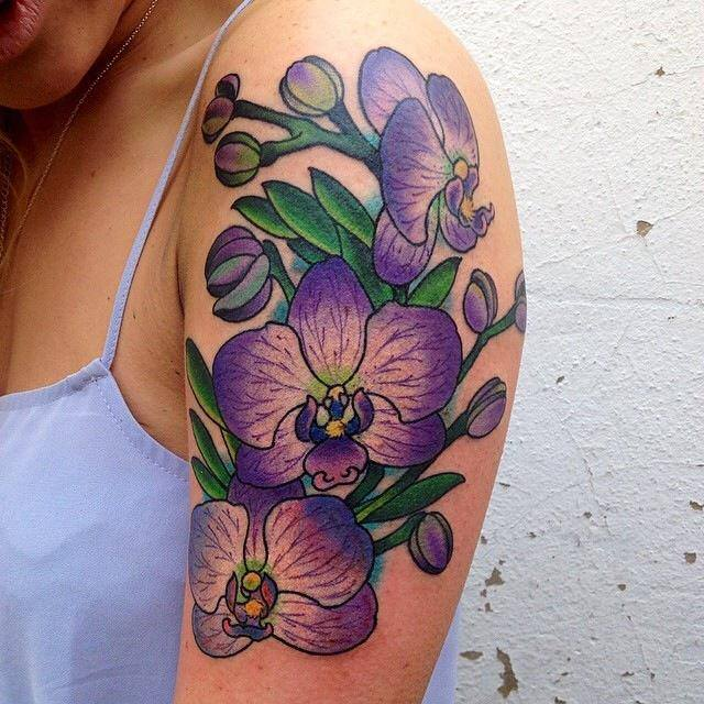 Floral Tattoo Images Designs: Flower Tattoos – Tender And Feminine