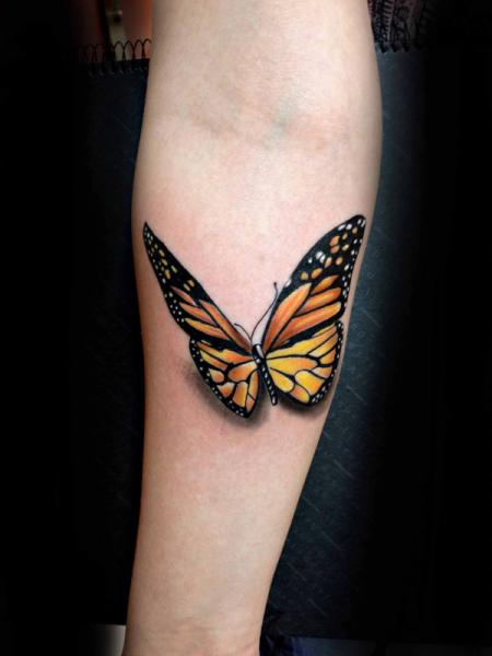 Butterfly fly