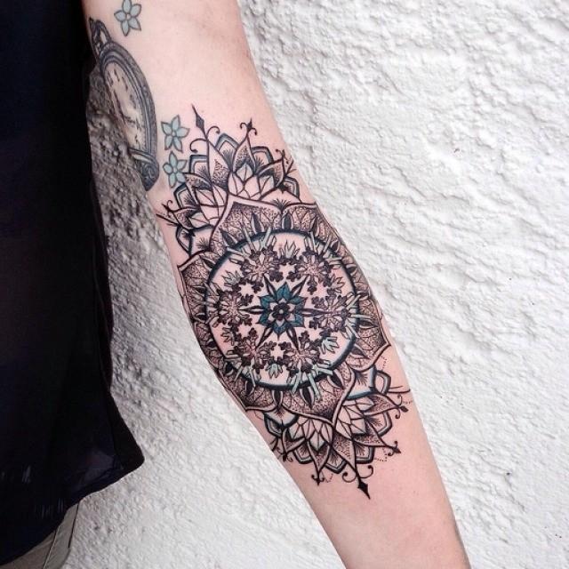 mandala forearm tattoo best tattoo ideas gallery. Black Bedroom Furniture Sets. Home Design Ideas