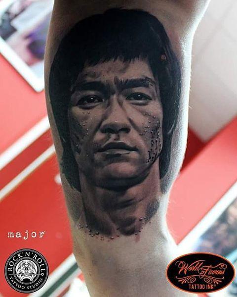 Portrait Bruce Lee Tattoo