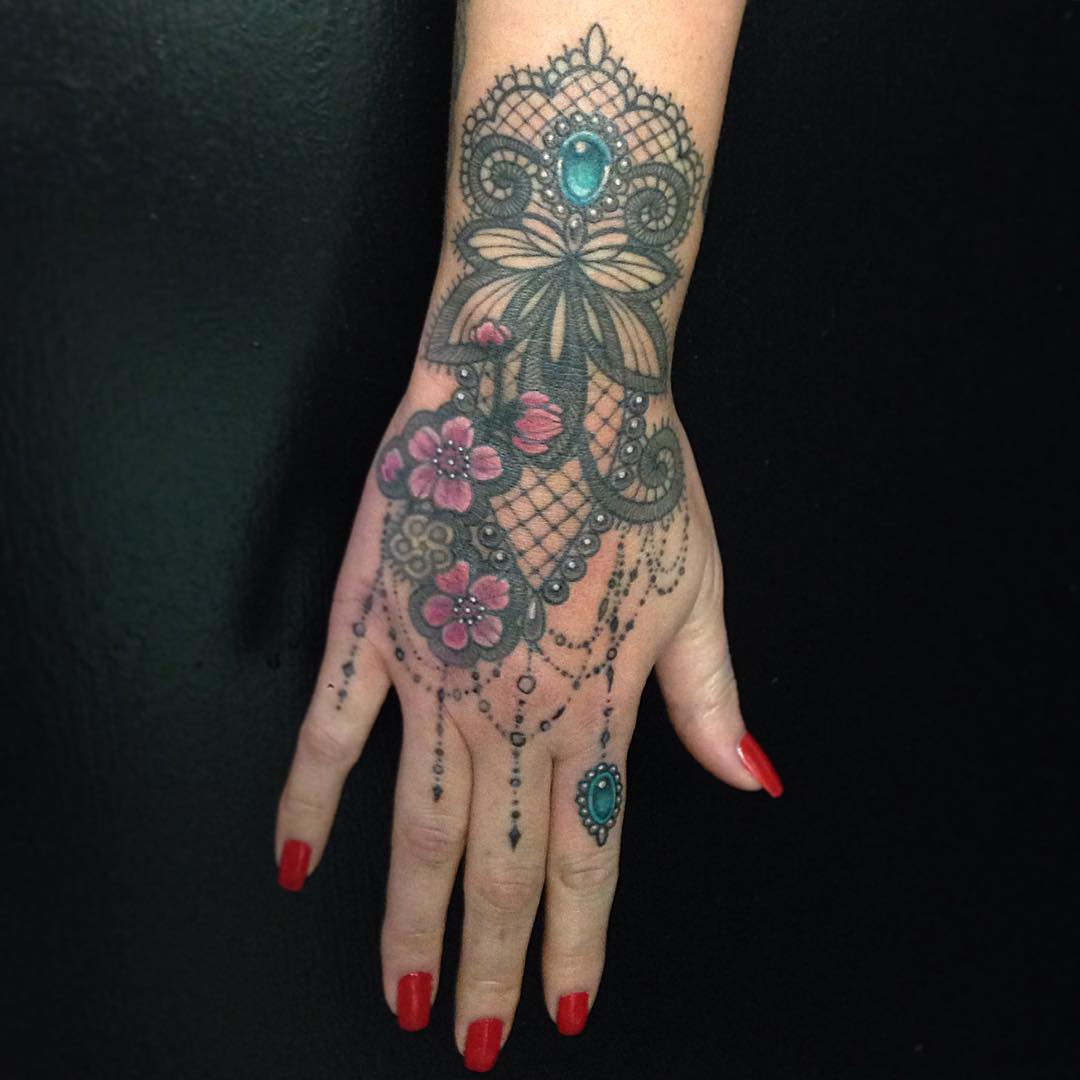 Hand Tattoos for Girls | Best Tattoo Ideas Gallery