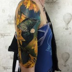 3D tattoo of bird on shoulder