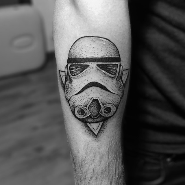 legs dotwork stormtrooper tattoo