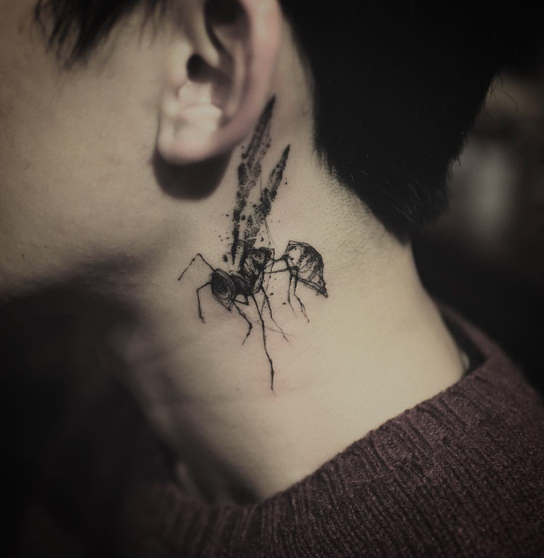 cool wasp tattoo on neck