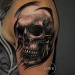 Skull Shoulder Tattoo Designs