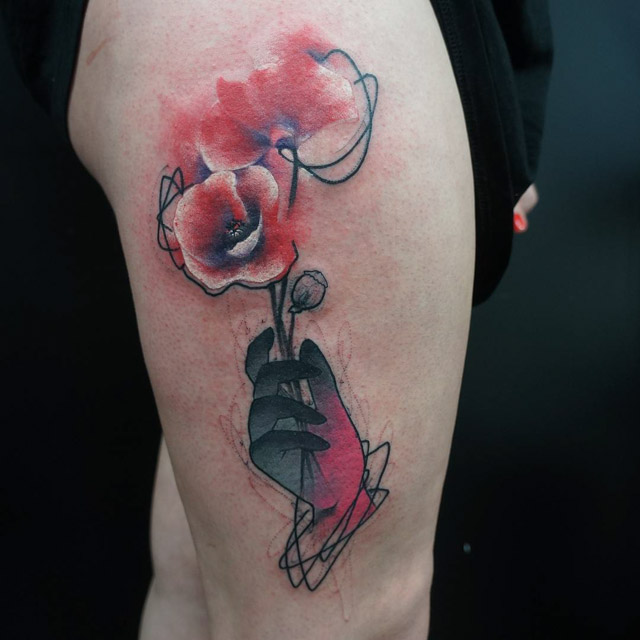 hip poppy flowers tattoo